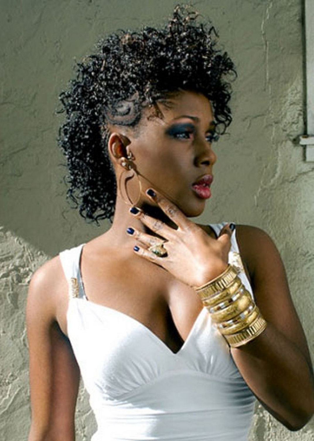Cool Top Mohawk Hairstyles For Black Women Heey Fashion Style Short Hairstyles For Black Women Fulllsitofus