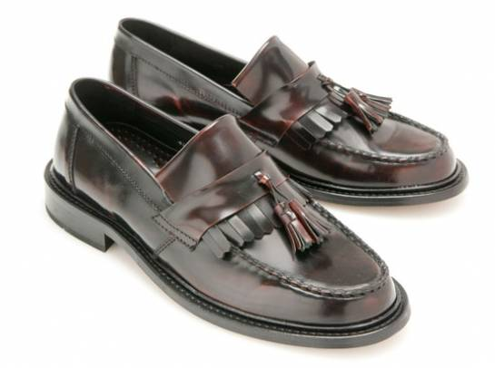 Women loafers shoes :: Clothing stores