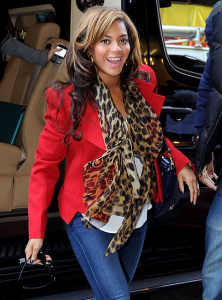 Beyonce - idea of red and leopard scarf