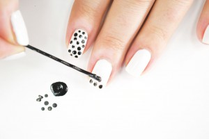 full_103815_2F2014-08-07-111319-Homemade_Nail_Polish-Dot2