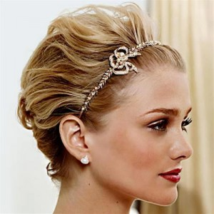 short-hairstyles-for-wedding-guests