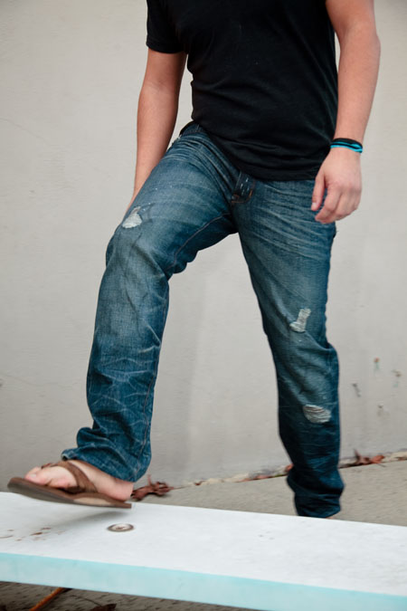 jeans-and-flip-flops